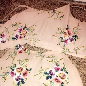 Floral two piece size M